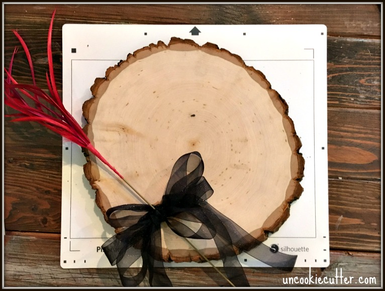 Wood Slice Wreath Door Marker - March 2017 Silhouette Challenge - UncookieCutter.com