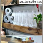 How to hang DIY Floating Shelves for your rustic decor. Perfect ideas for kitchen, living room or office. Get the full tutorial!
