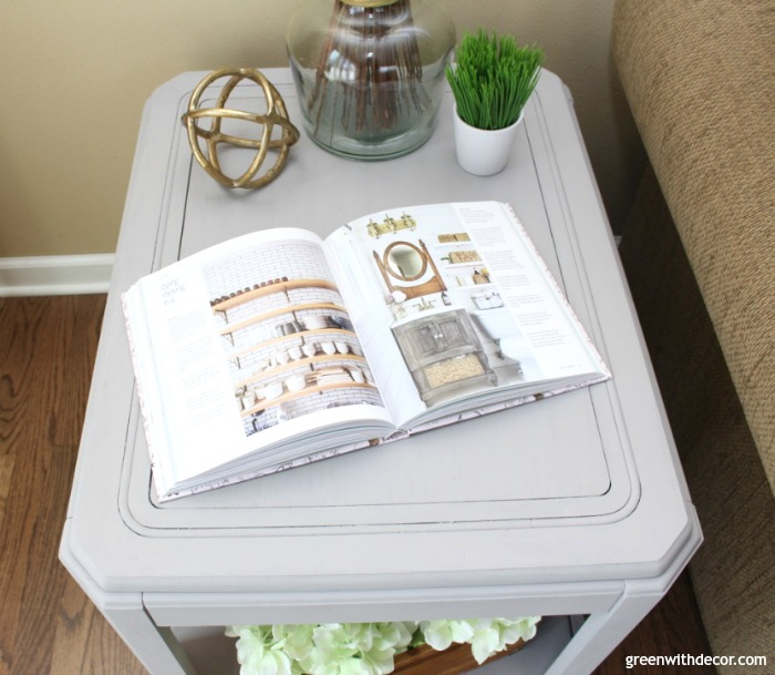 Green with Decor - How to Paint a Table with Chalky Paint the Easy Way